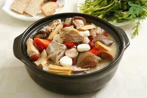 súp thịt thỏ.